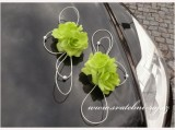 Autoschmuck mit den Rosen