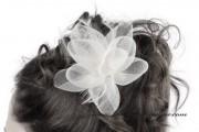 Detail anzeigen - Faszinator / Brosche Blume in weiss