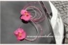 Autoschmuck mit Orchideen