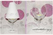 Lichtschirm für Weinglas mit Herzen