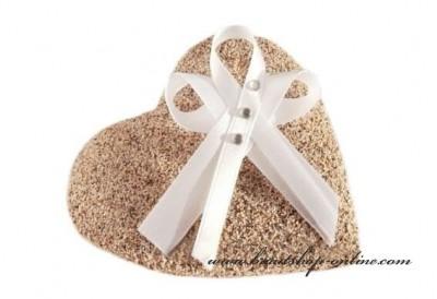 Weisse Hochzeitsmasche