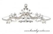 Detail anzeigen - Schöne Tiara mit dem Kristallglas