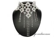 Detail anzeigen - Luxuriöse Halskette mit den Perlen