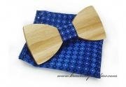 Detail anzeigen - Holzfliege mit dem Taschentuch