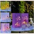 Laterne zur Dekoration in lila